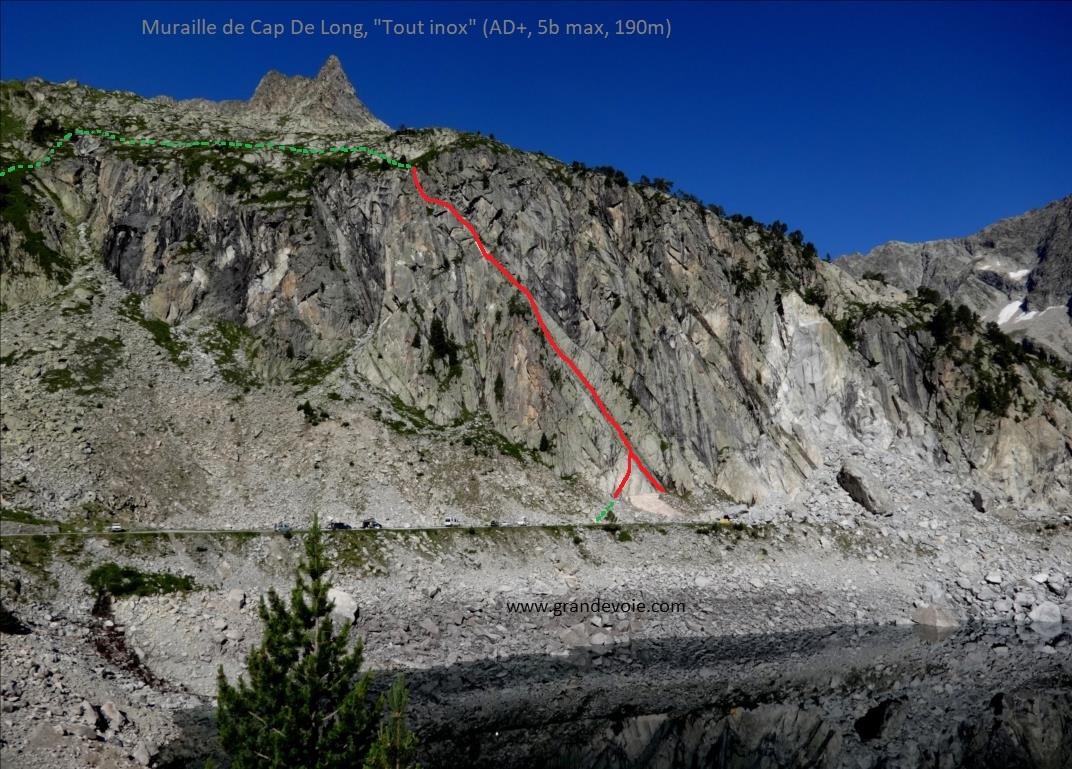 Muraille de Cap De Long, voie `Tout inox`, Pyrénées centrales