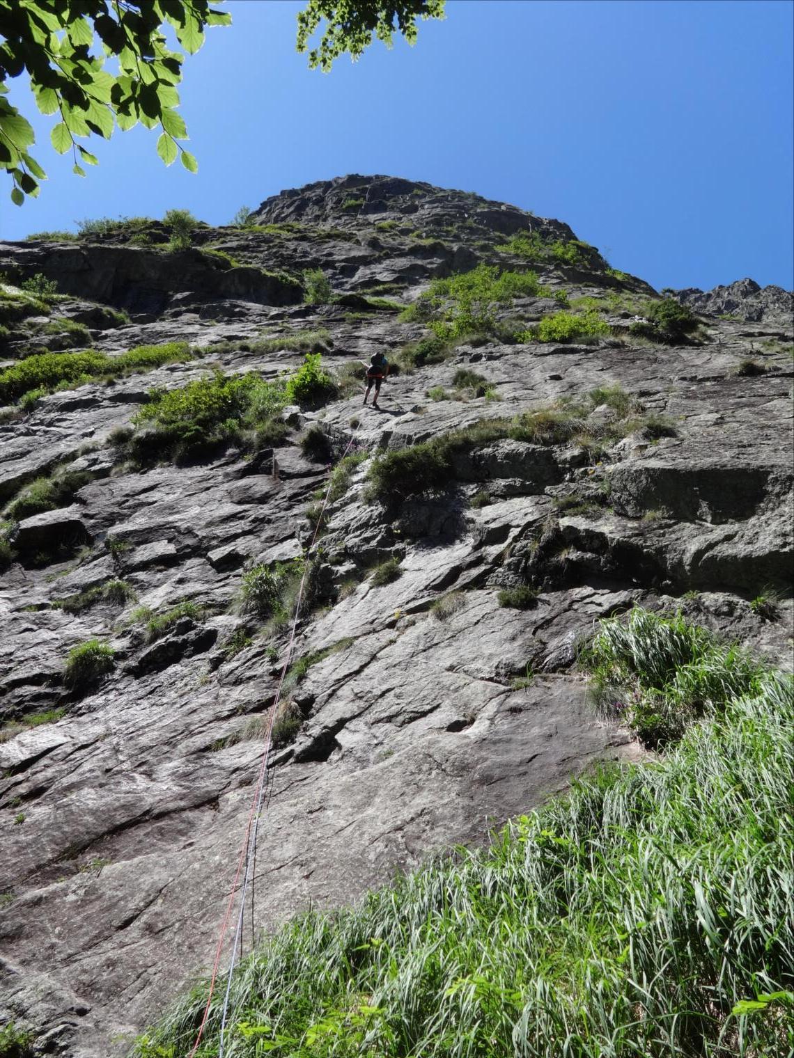Dent d`Orlu, face sud-est, voie `I Cal Ana`, Ariège
