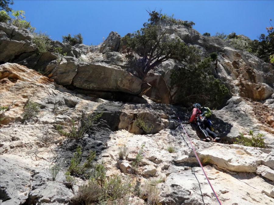 Gorges du Destel près de Toulon, voie `Kapadokya`, L4