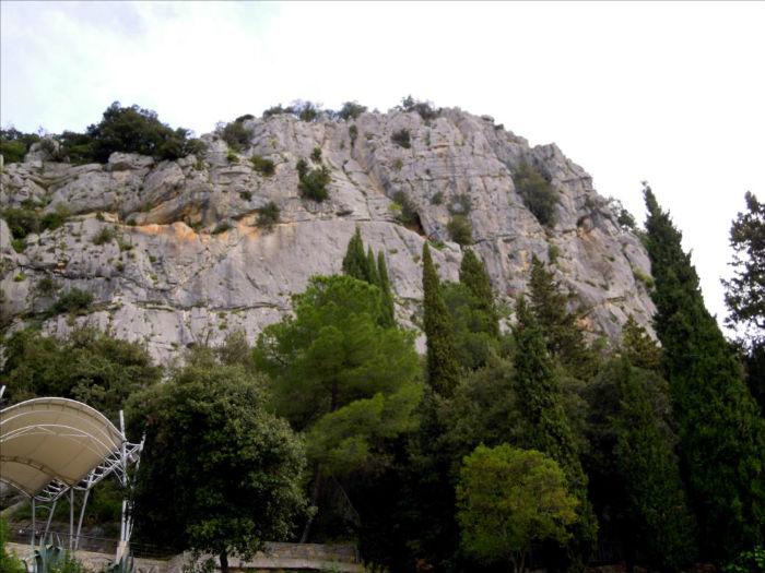 Le Thaurac, voie de la buvette (Cévennes)