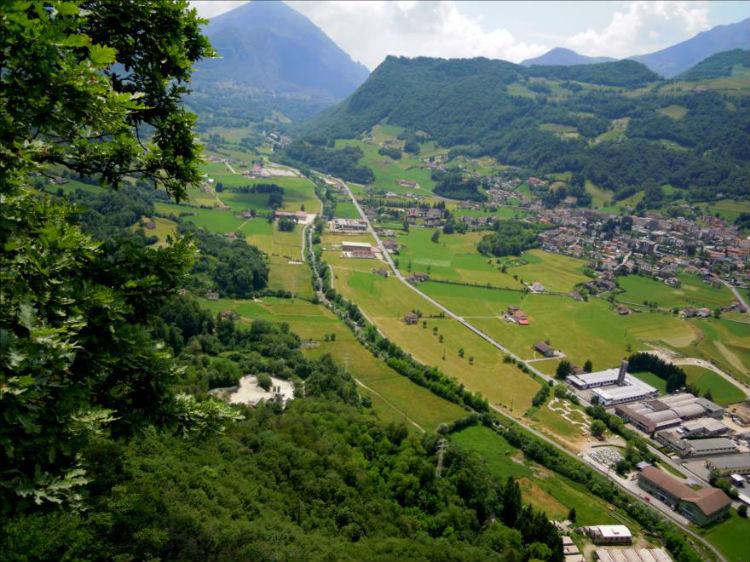 Le Valsassina, près de Lecco en Lombardie