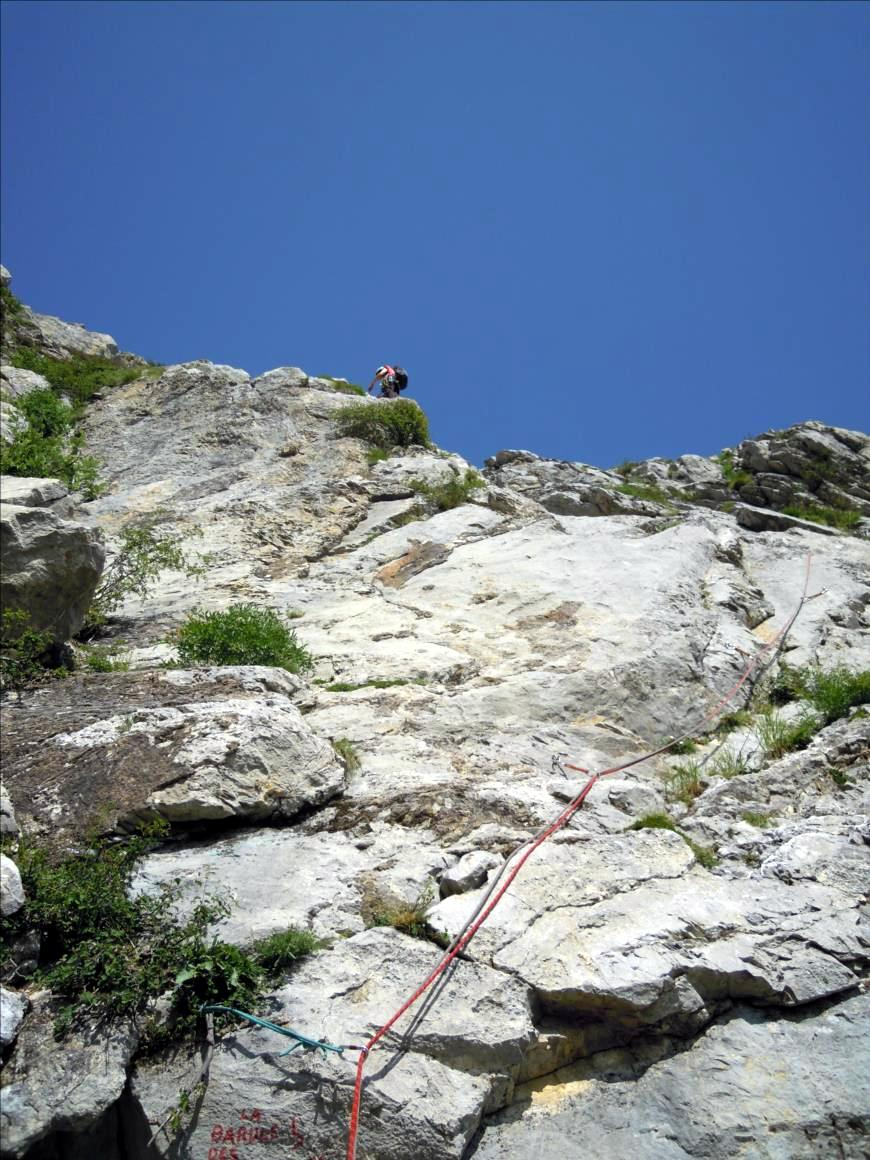 Dévoluy, Pic de l`Aiguille près du Pic de Gleize, attaque de la voie