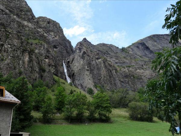 Arête de la cascade des Fréaux, près de La Grave