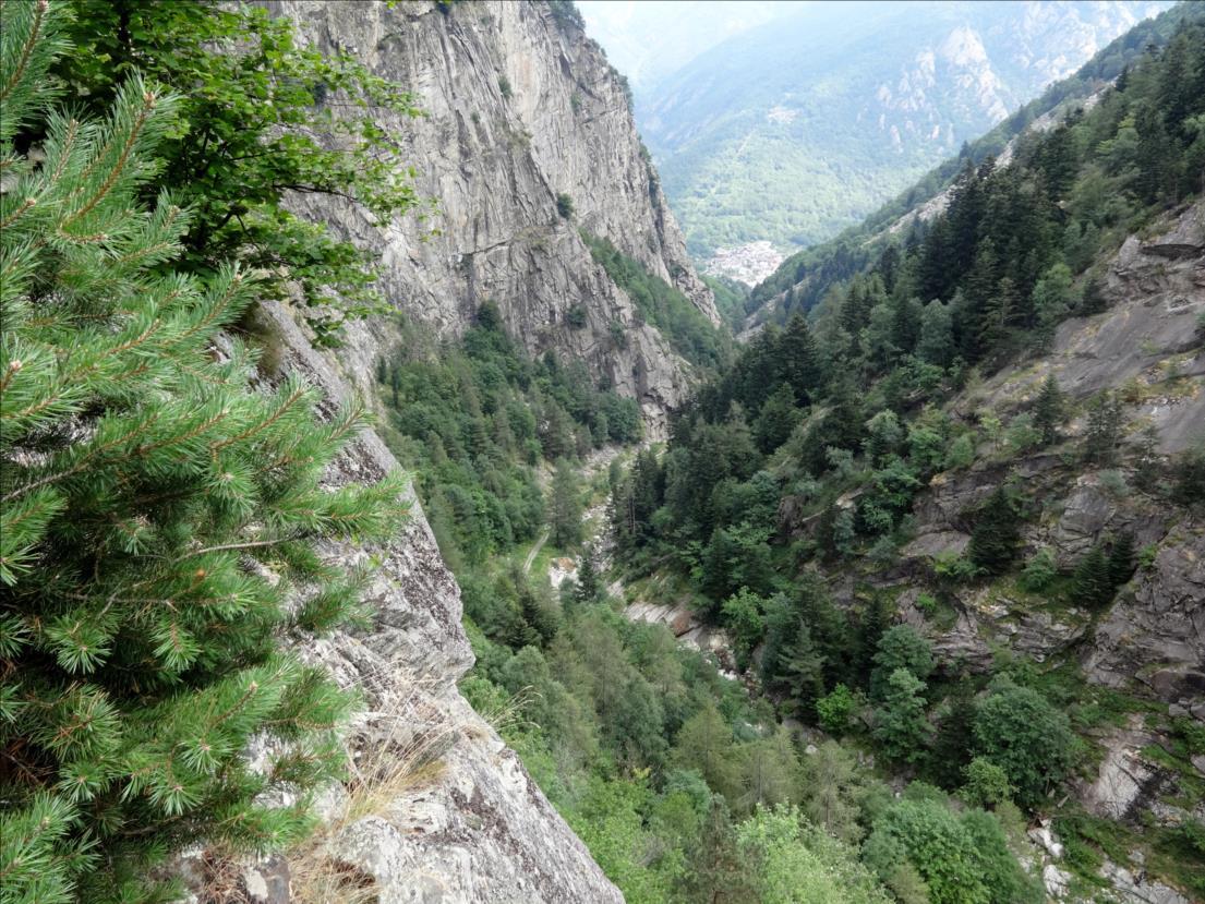 Vallone di Bourcet, vue depuis la voie Tenente Vincon, Piémont occidental